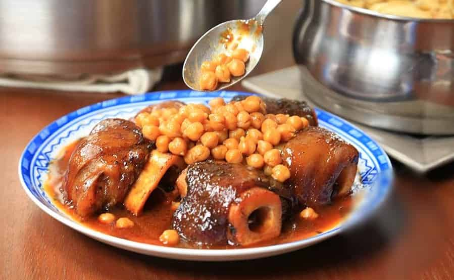 moroccan cow feet with chickpeas-kereen